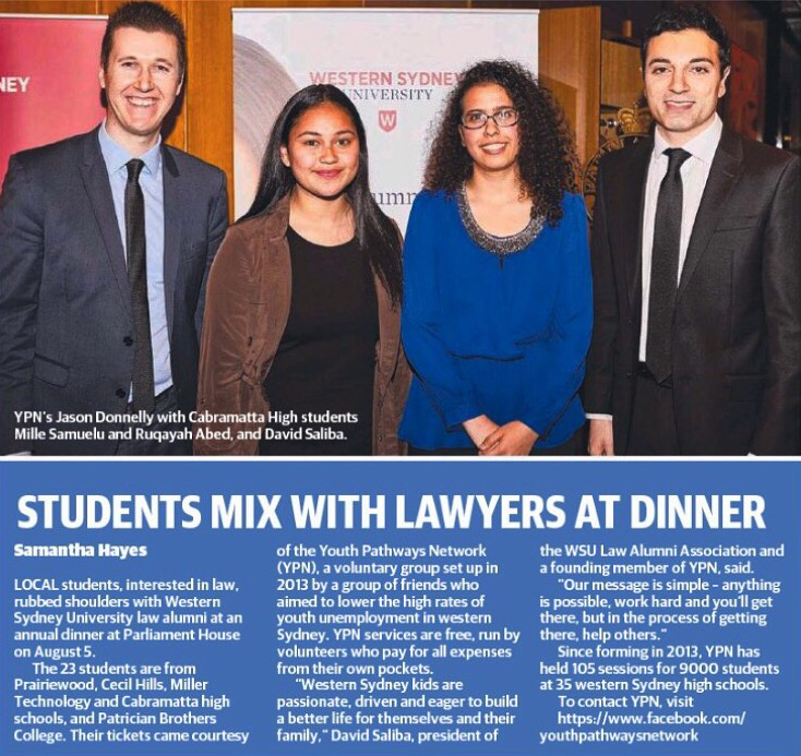 Students mix with lawyers at dinner